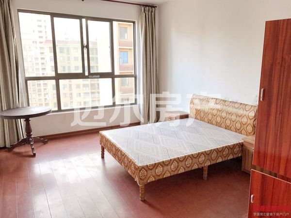 高入住率社区居家装修大四房147平仅售71万