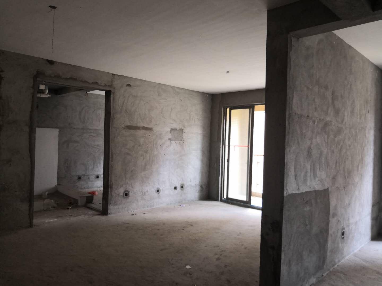 滨海 首付26万 学区房 121平60万 高性价比
