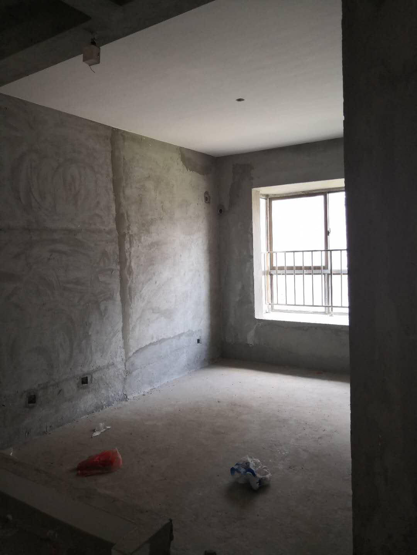 滨海新城 首付12万 单价4700 63平单身公寓