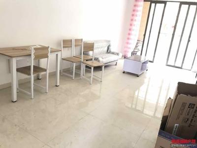 校区房,居家装修两房,设备齐全拎包入住
