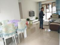 罗源滨海新城 新出 9区 居家装 高层 大三房两卫。