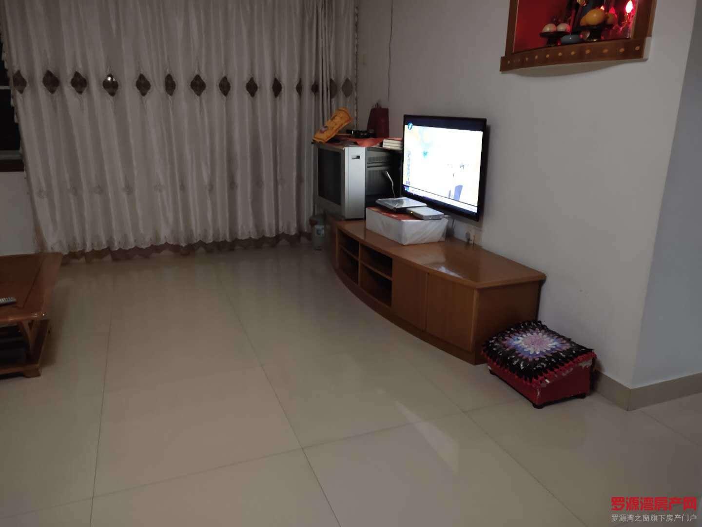 出售川景4室2厅2卫154平米加7平方杂物间68万住宅