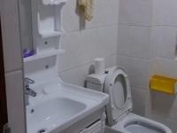 10区两房居家装修出租,1300包物业