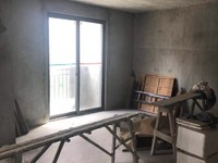 出售罗马景福城3室2厅2卫122平米68万住宅