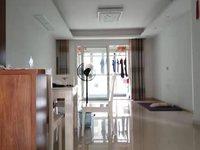 6区中装三房 亏本出售 带中央空调家具家电全送