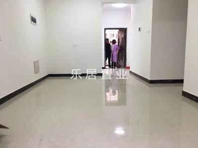 中等两房出租1300 拎包入住 干净整洁