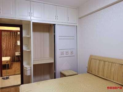 滨海5区大户型 三房两卫 干净整洁 有钥匙 看房:17759876789