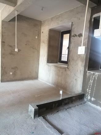 出售中庚 香山小镇3室2厅2卫89平米65万住宅