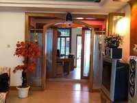 出售华美花园4室2厅2卫158平米77万住宅