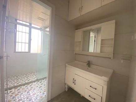 8区学区房,122平高层视野开阔简装仅售63万家电家具全送 投资首选