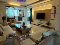 出售凤凰城4室2厅2卫129.6平米98万住宅