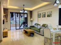 豪华精装大两房,空间利用大!超大阳台,首付超低