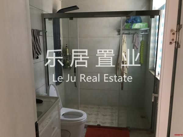 业主置换新房,低价出售精装两房,性价比高