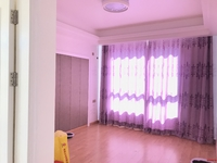 房主含泪出售,室内格局分布合理,空间舒适,采光丫霸物业服务态度好。
