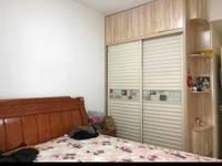 出售东方星城D区3室2厅1卫86平米70万住宅