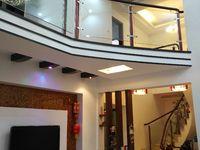 出售凤凰城4室2厅3卫250平米130万住宅