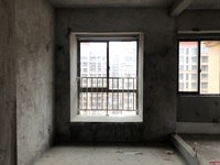 出售罗吉苑 15区 3室2厅2卫109平米43万住宅