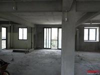 出售日出香山3室2厅2卫122平米65万住宅