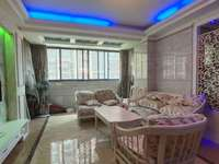 东方星城B区100平精装修3房2厅2卫,售价80万