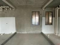 首付仅需5万 18区 100平 标准三房两卫 6米长阳台