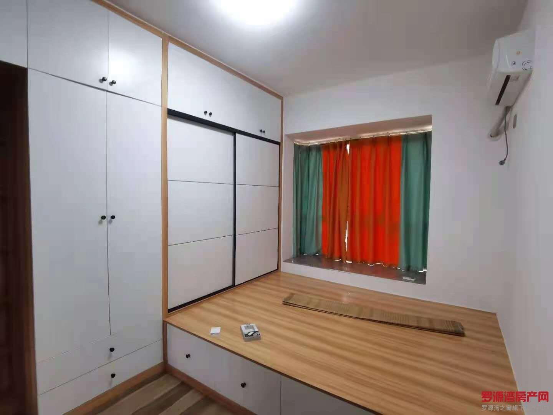 精装两房1300拎包入住,价格便宜