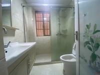 滨海13区居家装,干净整洁,拎包入住。看房电话13599808811