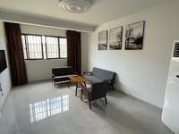 出租水岸菁华 3室2厅2卫110平米2300