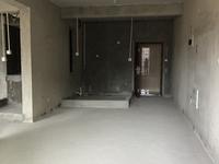 香山中楼层毛坯89平67万出售,小区干净整洁绿化好。